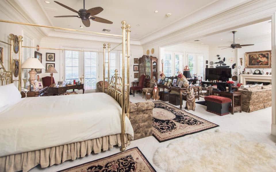 Tom Jones Bedroom - The Property Blog