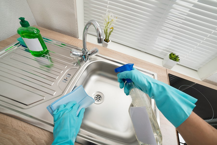 Cleaning the Kitchen - The Property Blog